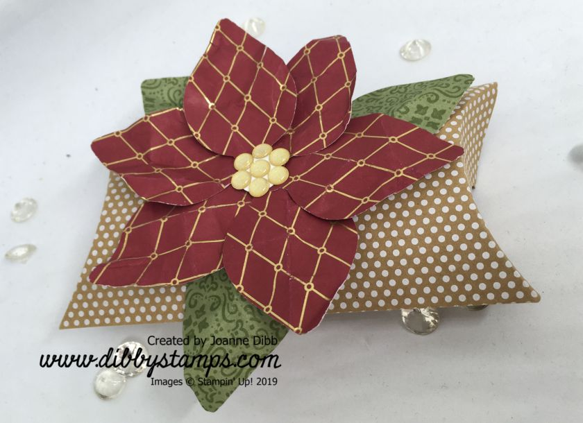 Poinsettia Pillow Box 1